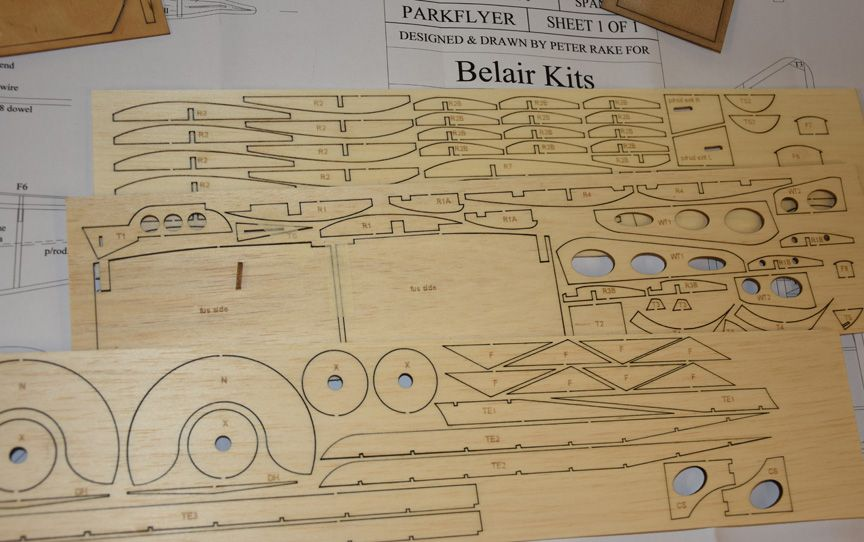 Royal Aircraft Factory BE2e/12a - Parts Set and plan