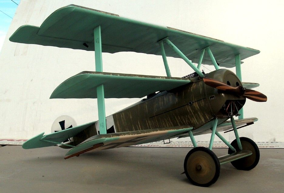 DR-1 Fokker Triplane - Small electric scale range